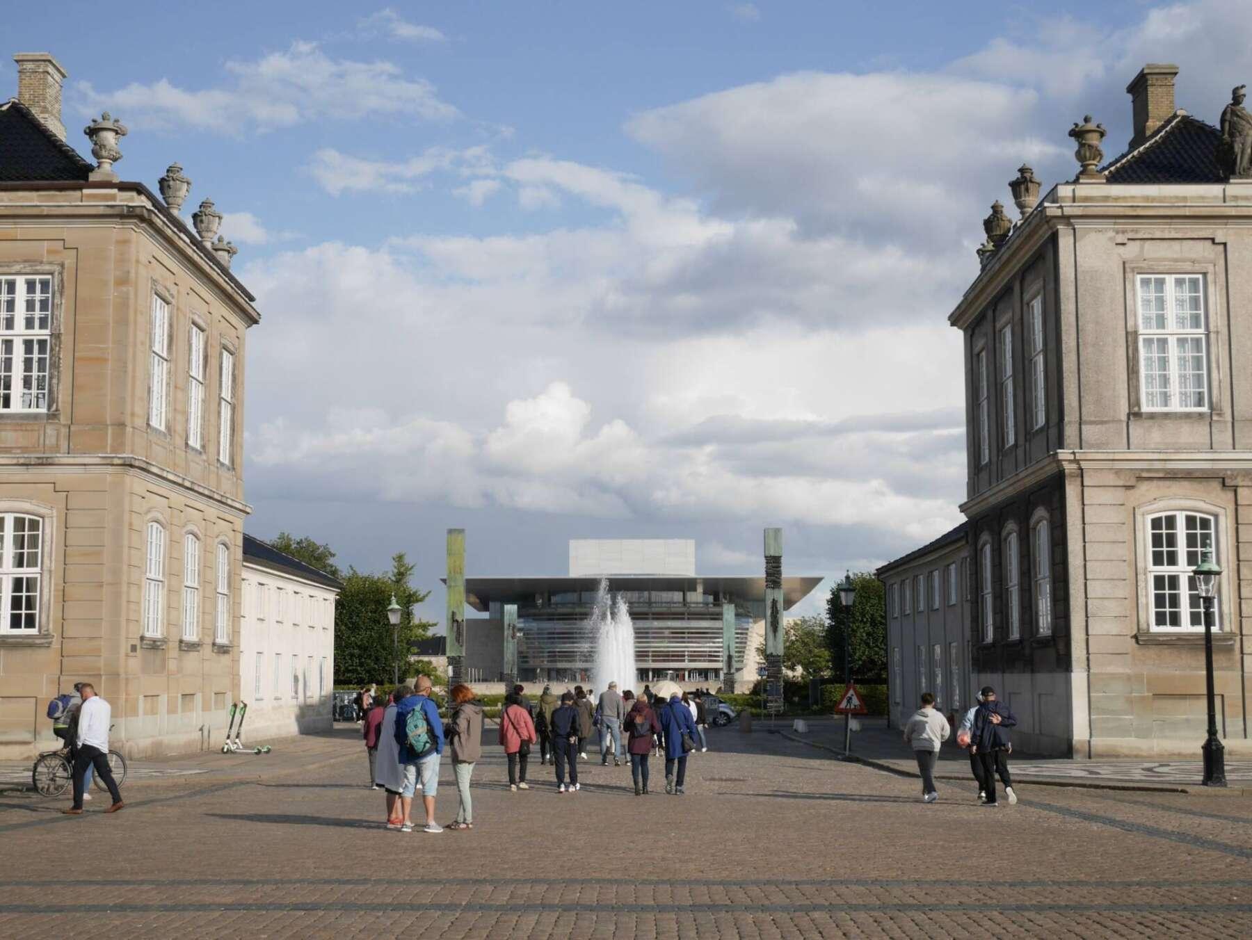 โรงละครโอเปราโคเปนเฮเกน (Copenhagen Opera House)