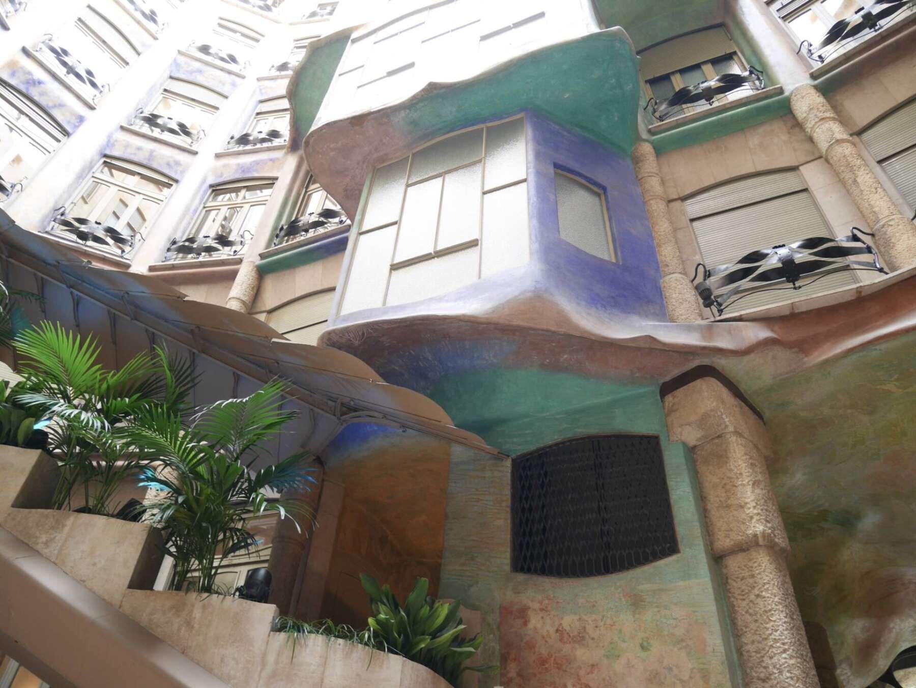 คาซา มิลา (Casa Mila)
