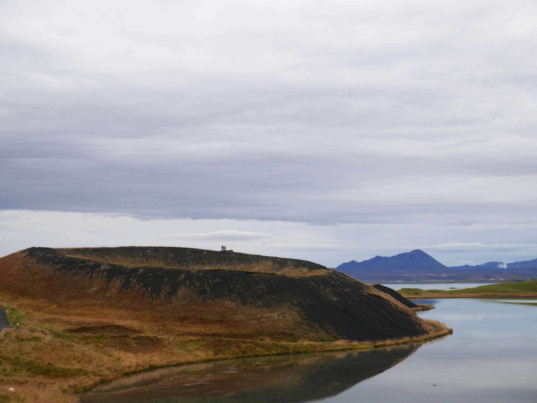ทะเลสาบมีวัทน์ (Lake Myvatn)